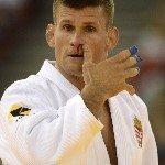 A magyar Ungvári Miklós (fehérben) a lengyel Piotr Kurkiewicz elleni mérkőzésen a 73 kilogrammosok versenyében a 62. cselgáncs Európa-bajnokságon a ... - a3e77269_c393_4ba9_a71f_8c124e5c6e83-150x150