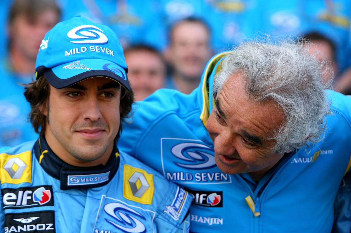 Fernando Alonso és Flavio Briatore 2006-ban a Renault-nál (Fotó: Davenport / xpb.cc)