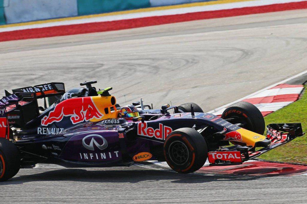 F1 - AZ FIA SZÓRTA A BÜNTETŐPONTOKAT A FUTAM UTÁN