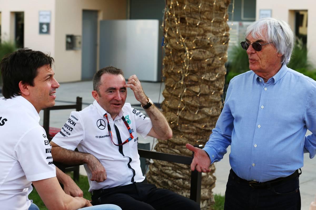 Toto Wolff Paddy Lowe és Bernie Ecclestone (Fotó:  XPB Images)