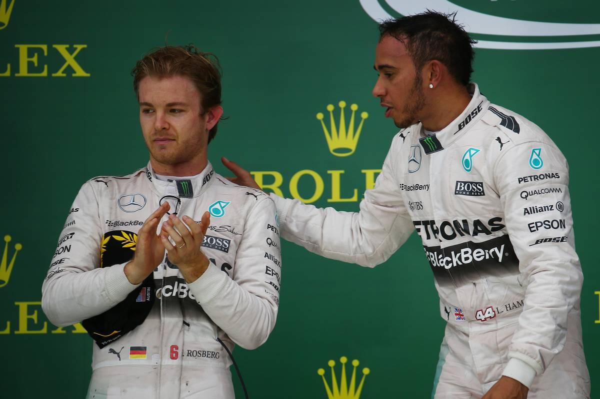 Lewis Hamilton és Nico Rosberg a 2015-ös austini futam után (Fotó: xpbimages.com)