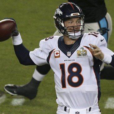 A Denver Broncos 24-10-re legyőzte a Carolina Panthers együttesét az észak-amerikai profi amerikaifutball-liga (NFL) idei nagydöntőjében, az 50. Super Bowlban. San Francisco, 2016. február 7.  EPA/MONICA M. DAVEY