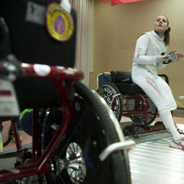 Hajmási Éva Andrea, a magyar női tőrcsapat tagja a kerekesszékes vívó világkupán Egerben 201. február 14-én. MTI Fotó: Koszticsák Szilárd