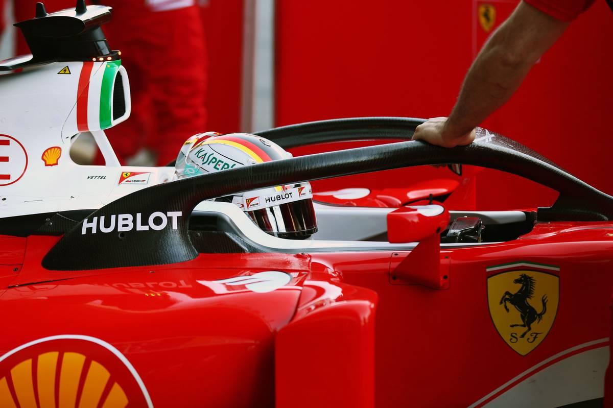 Sebastian Vettel a glóriával (Fotó: xpbimages.com)