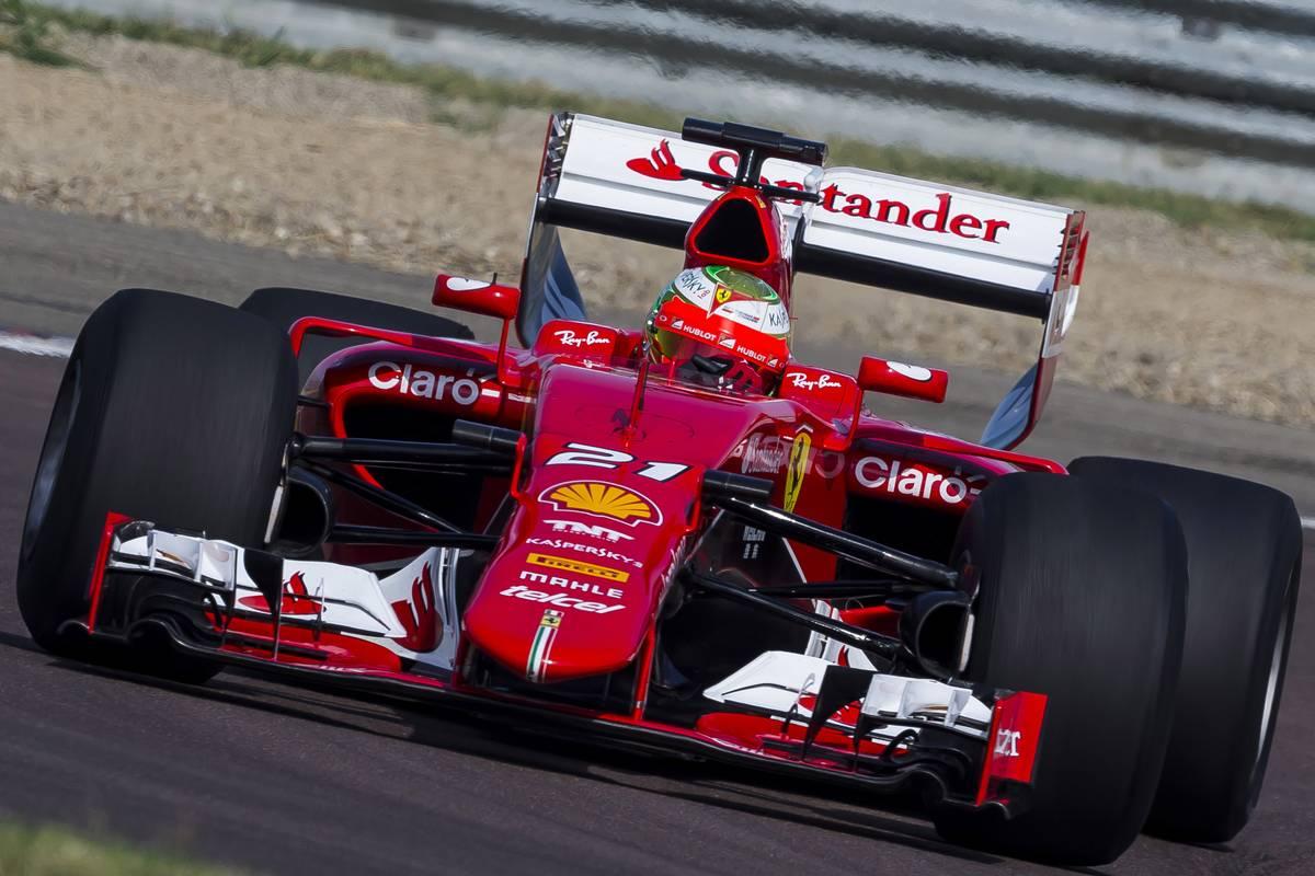 Esteban Gutiérrez a Pirelli-teszten (Fotó: Photo4 / XPB Images)