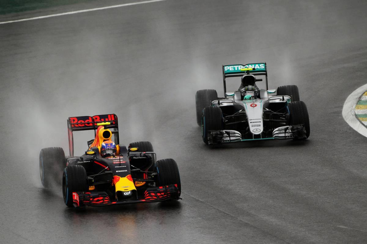 Max Verstappen és Nico Rosberg (Fotó: xpbiamges.com)