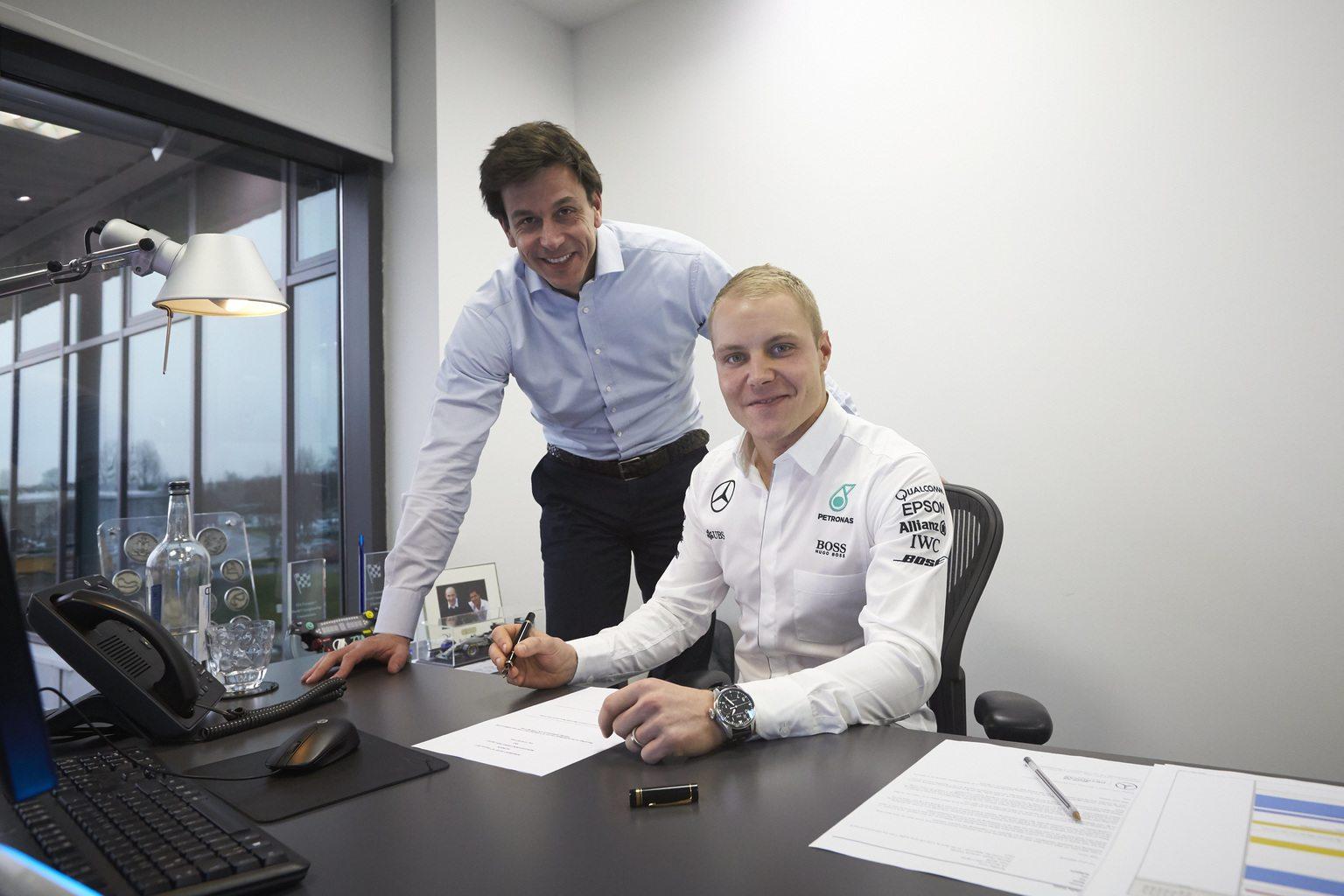 Toto Wolff és Valtteri Bottas (Fotó: Daimler Media)