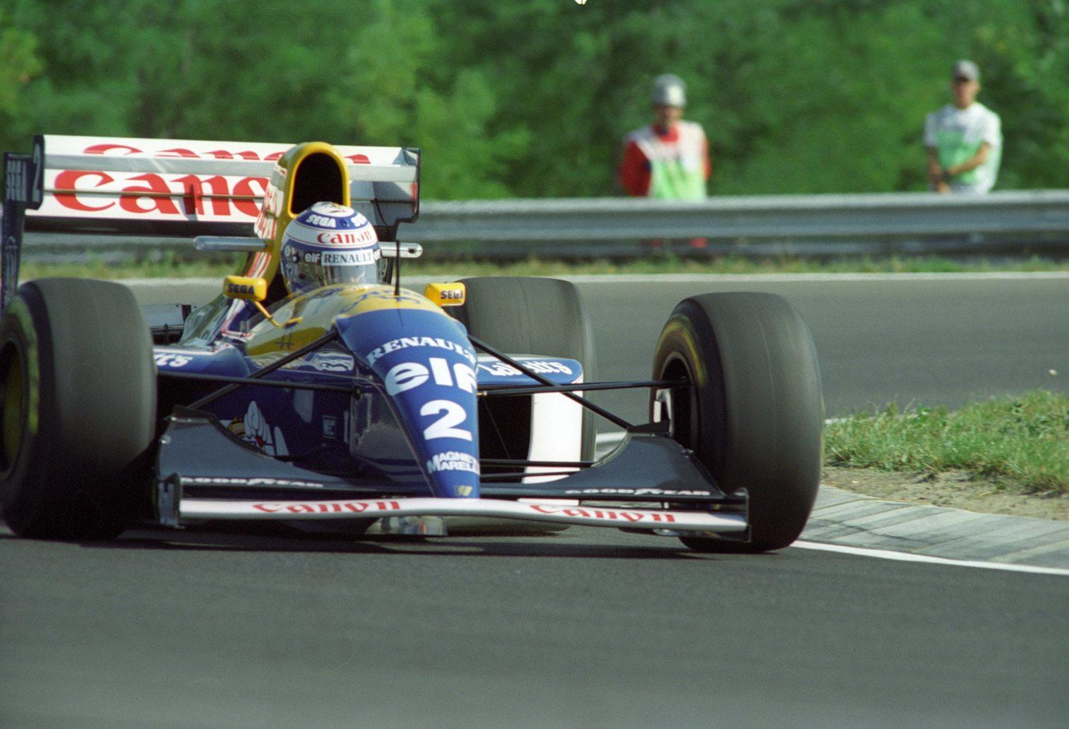 Alain Prost az utolsó aktív felfüggesztéses Williamsszel az 1993-as Magyar Nagydíjon (Fotó: MTI/Németh Ferenc)