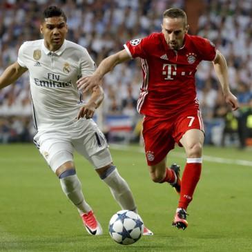 Real Madrid-Bayern München - Casemiro és Franck Ribery (Fotó: EPA/Juanjo Martin)