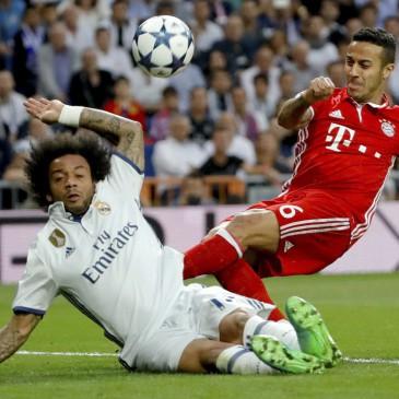Real Madrid-Bayern München - Marcelo és Thiago Alcantara (Fotó: EPA/Juanjo Martin)