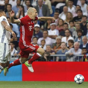Ezúttal is jó meccset, nagy izgalmakat hozott a Real Madrid - Bayern München összecsapás (Fotó: EPA/KIKO HUESCA)
