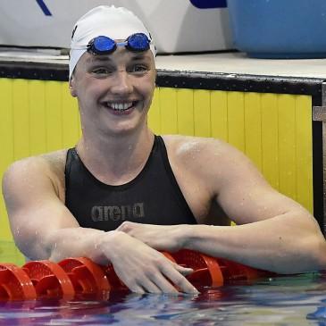 A győztes Hosszú Katinka a 400 méteres vegyes úszás döntője után az úszók országos bajnokságán a Debreceni Sportuszodában 2017. április 21-én. MTI Fotó: Czeglédi Zsolt