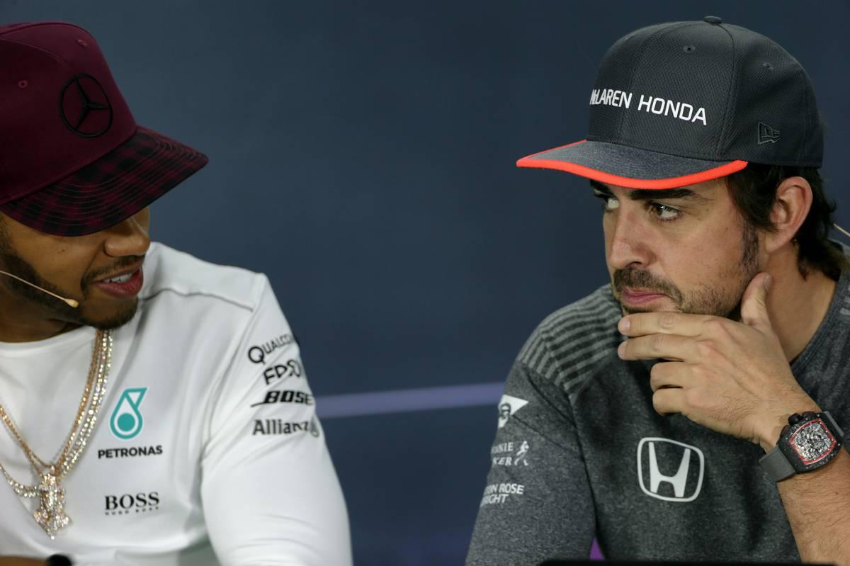 Lewis Hamilton és Fernando Alonso (Fotó: XPB)