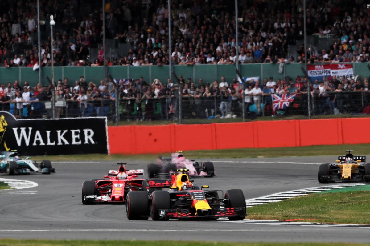 Max Verstappen és Sebastian Vettel (Fotó: XPB)