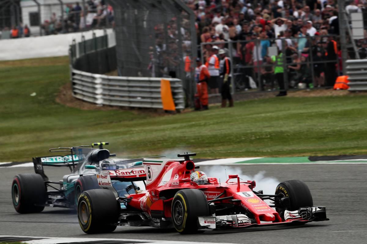 Sebastian Vettel és Valtteri Bottas csatája (Fotó: XPB)