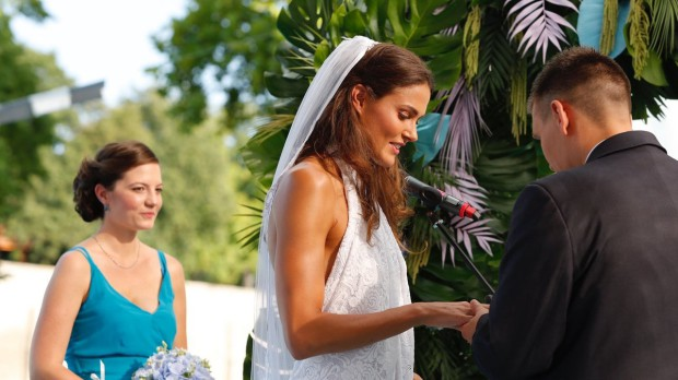 Jakabos Zsuzsanna férjhez ment (fotó: kisalfold.hu)