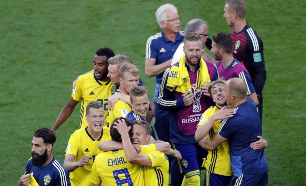 Kiütéses svéd győzelem Mexikó ellen – mindkét csapat a legjobb 16-ban (Videó!)