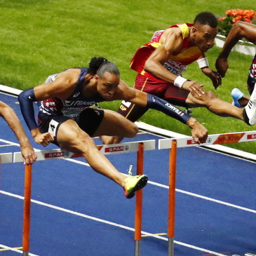 epa06941871 (froml left) Sergey Shubenkov of Russia, Pascal Martinot-Lagarde of France Ortega Orlando of Spain and Aurel Manga of France compete in the 110m Hurdles final at the Athletics 2018 European Championships, Berlin, Germany, 10 August 2018.  EPA/CHRISTIAN BRUNA