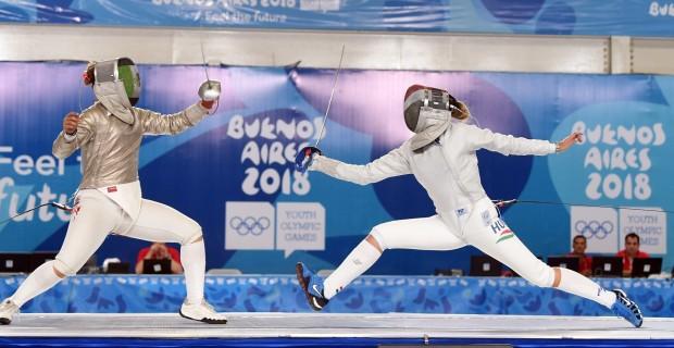 Pusztai Liza kardvívó az ifjúsági olimpián Buenos Airesben (Fotó: Magyar Olimpiai Bizottság)