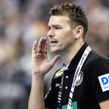 epa07273937 Head coach Christian Prokop of Germany during the match between Germany and Korea at the IHF Men's Handball World Championship in Berlin, Germany, 10 January 2019.  EPA/CLEMENS BILAN