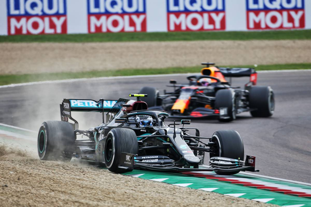 Motor Racing - Formula One World Championship - Emilia Romagna Grand Prix - Race Day - Imola, Italy